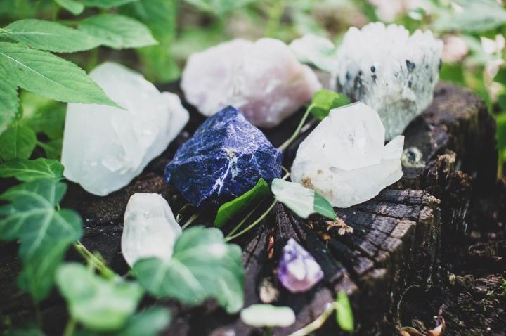 Des pierres précieuses dans notre routinebeauté